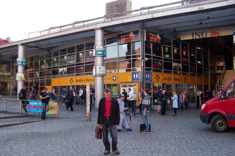 Sanace konstrukce eskalátorů metra Anděl