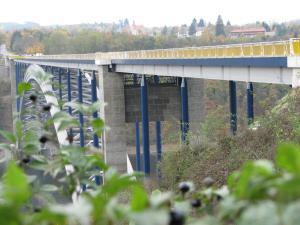 1 Tesan sanace mostních pylonů