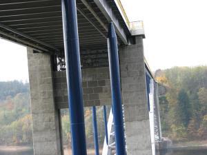 9 Tesan sanace mostních pylonů