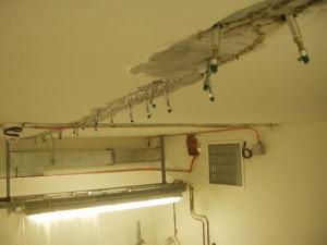 injektaz stropu v elektrorozvodne metra