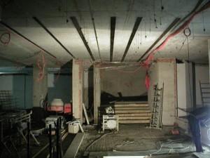 zesileny strop nalepenymy uhlikovymi lamelami